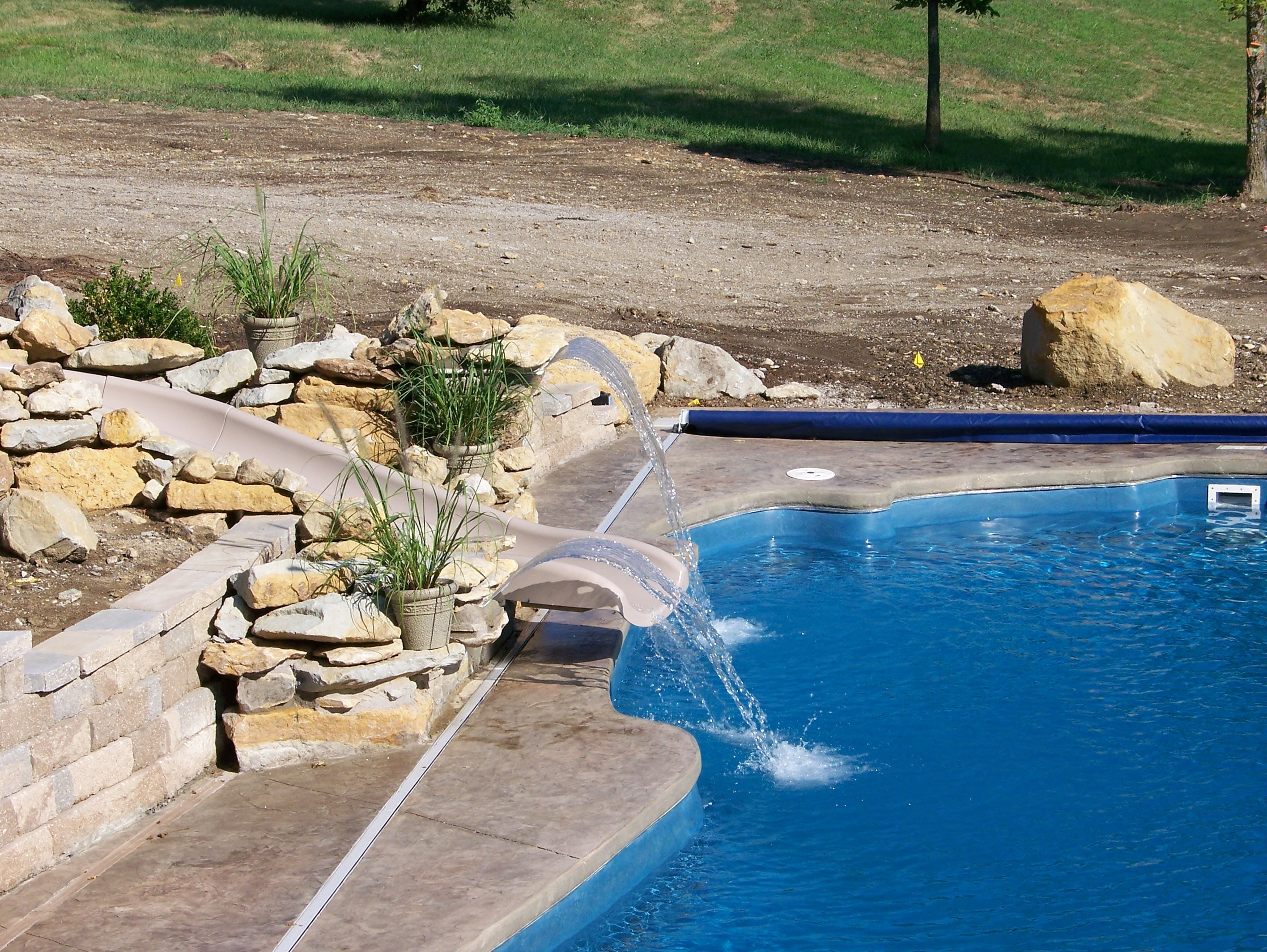 Fiberglass pool with slide swimming pool contractor tulsa ok - Swimming pool contractors oklahoma city ...
